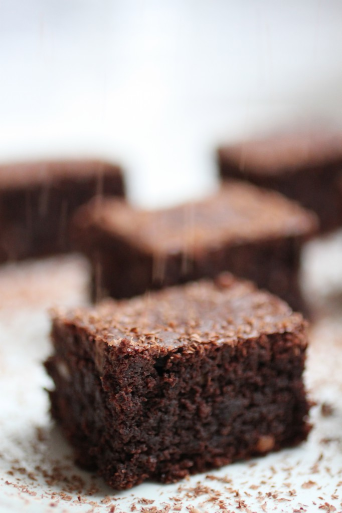 Almond Fudge Brownies Recipe
