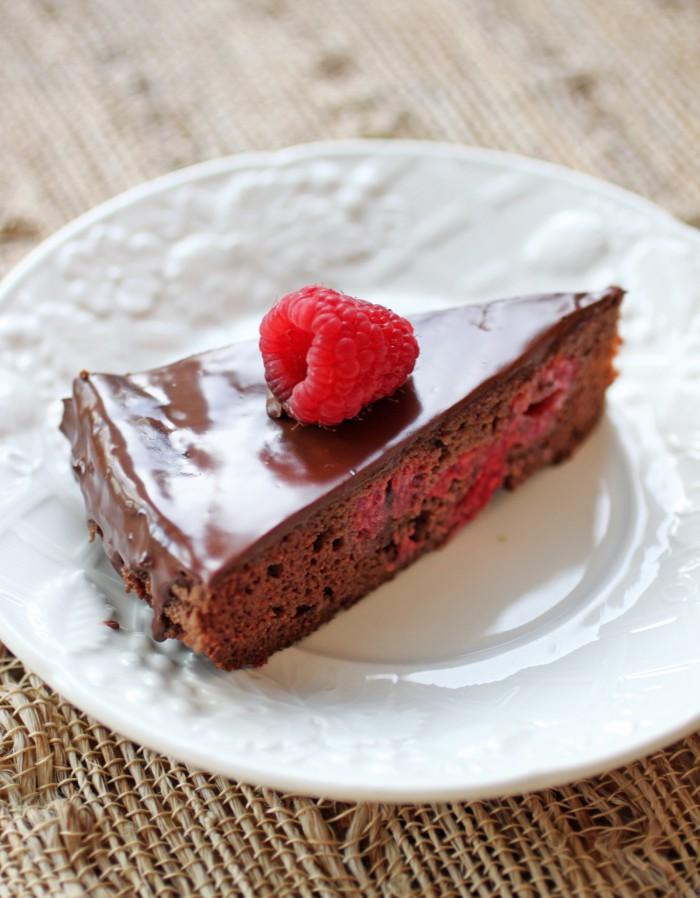 Paleo Chocolate Raspberry Torte