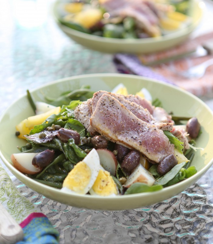 finished nicoise salad both bowls