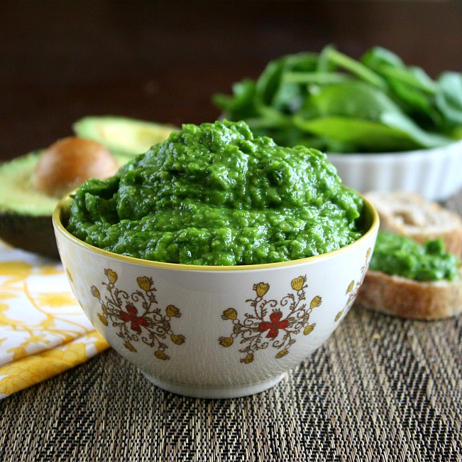 Spinach And Avocado Dip