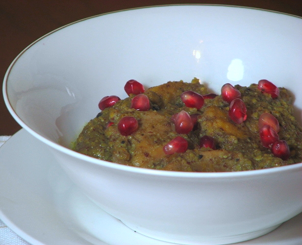 Khoresht-e Fesenjan (Chicken and Pomegranate Stew) Recipe