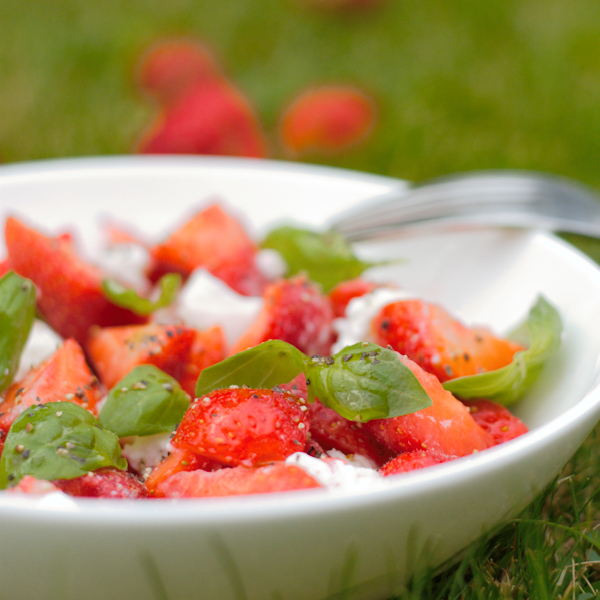 Strawberry Caprese Bowl Recipe