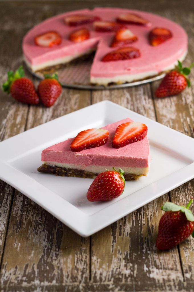 Strawberry Lemon Macadamia Cheesecake
