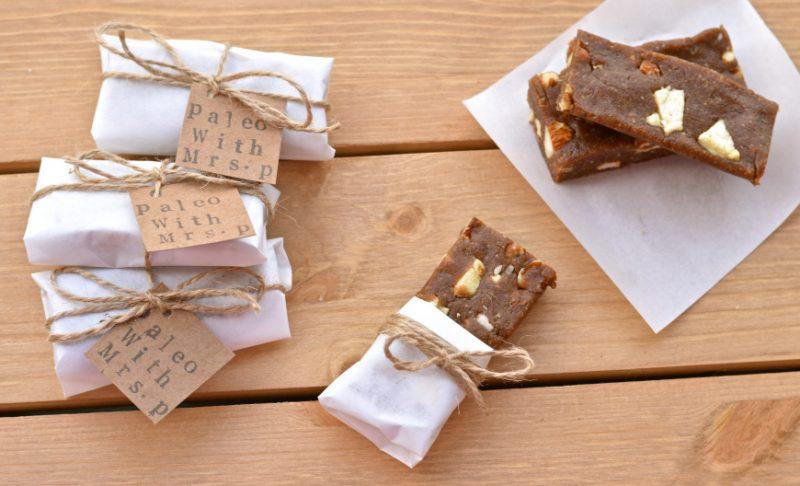 Raw Apple and Cinnamon Bars Recipe