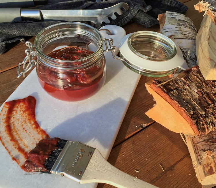 Sweet Paleo BBQ Sauce Recipe