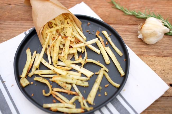 Garlic Rosemary Parsnip Fries Recipe