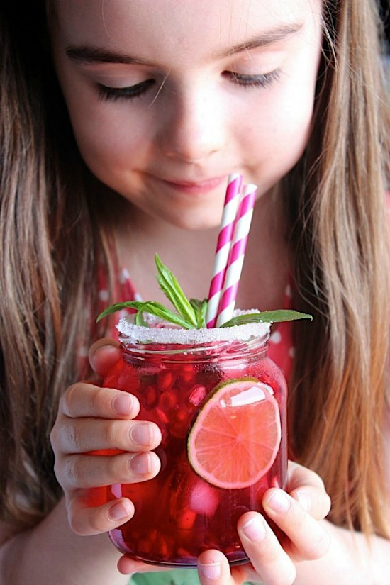 Cranberry Pomegranate Mint and Lime Iced Tea Recipe