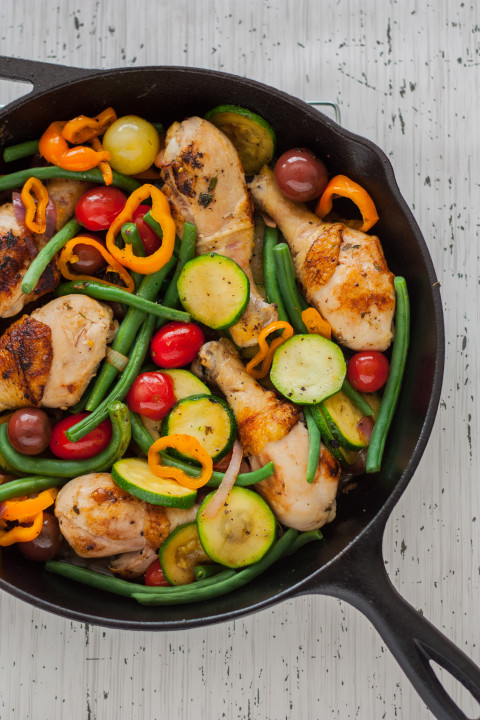Rustic Herbed Skillet Chicken and Vegetables Recipe