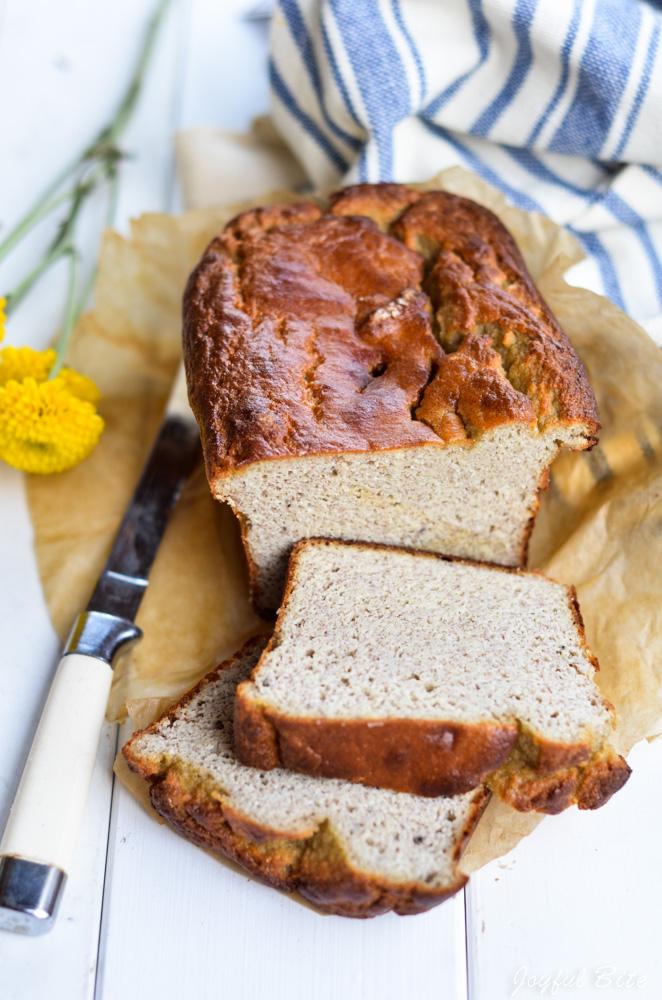 5 Minute Paleo Blender Banana Bread Recipe