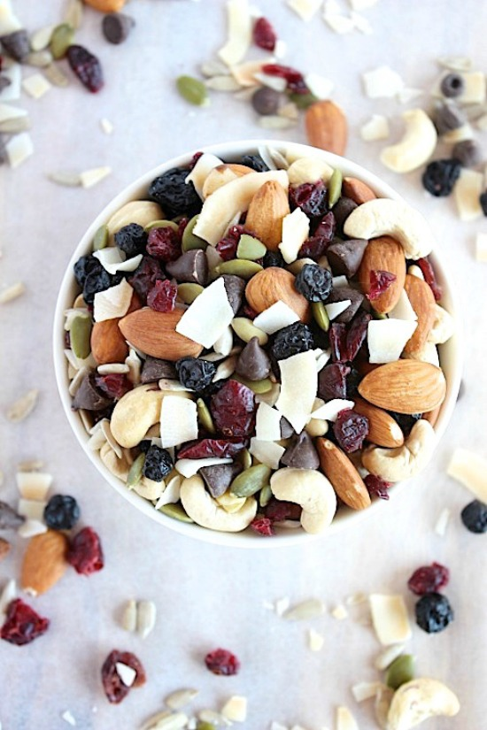 Deliciously Indulgent Blueberry and Cranberry Coco-nutty Trail Mix Recipe