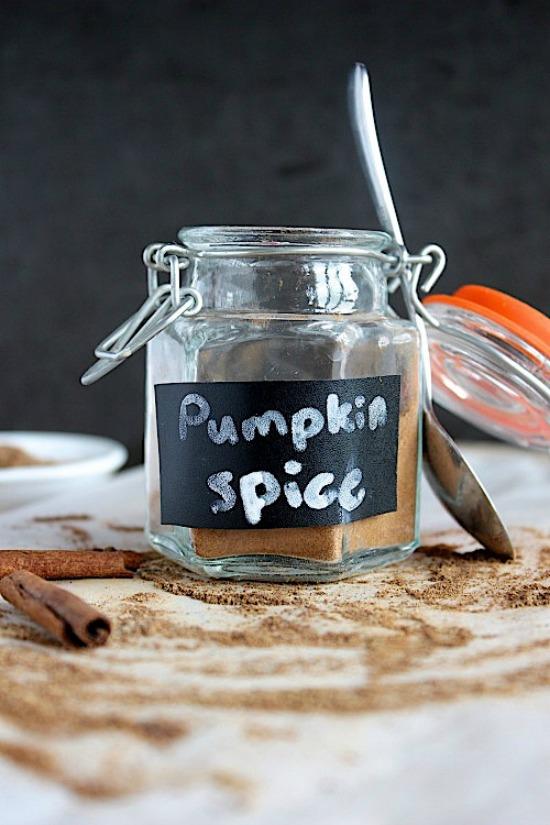 Healthy, Homemade Pumpkin Spice Mix Recipe
